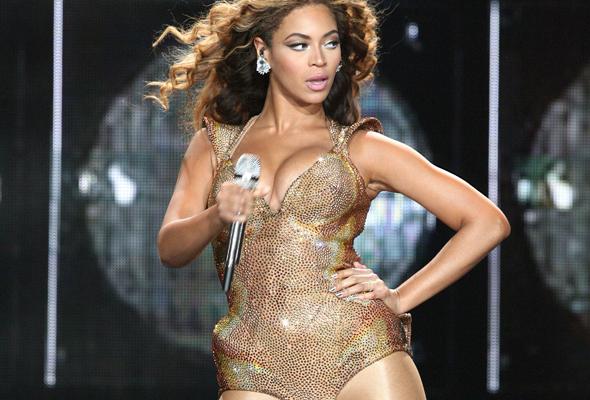 Beyonce-I-Am-Sasha-Fierce-tour-590x350